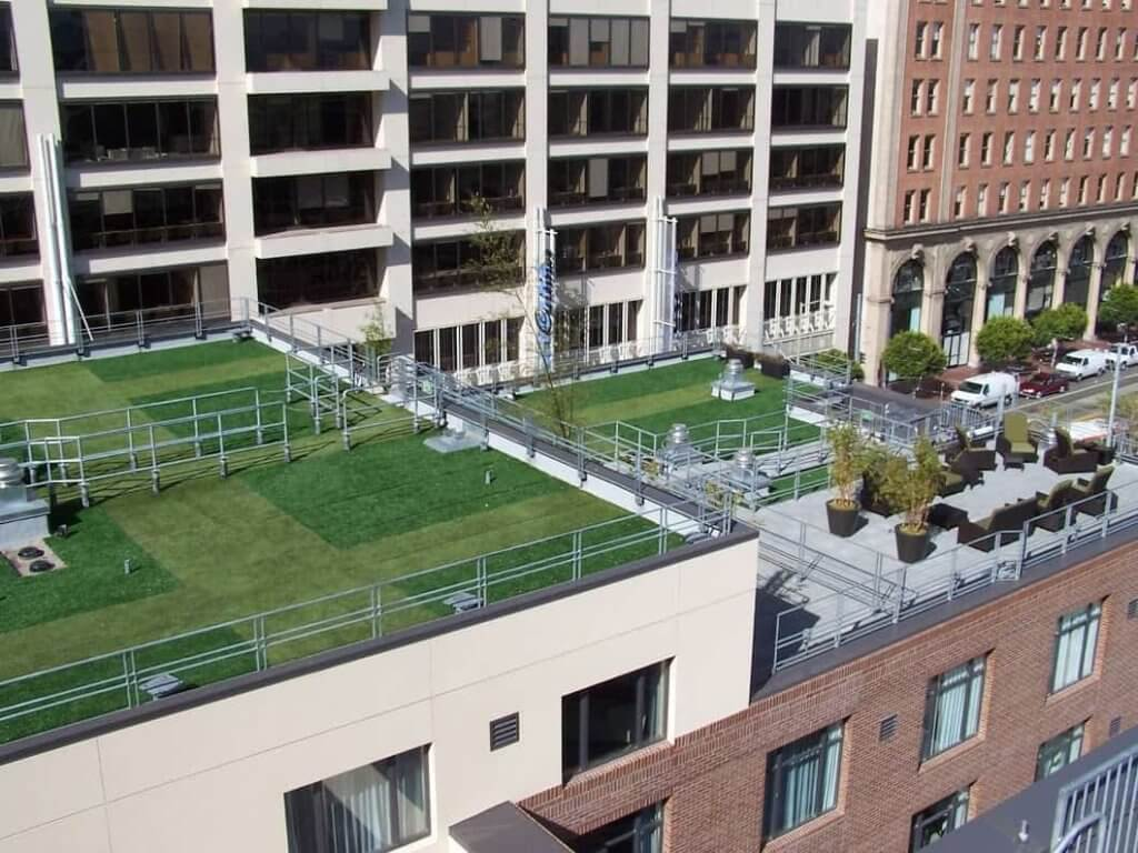 artificial grass putting greens in rooftops
